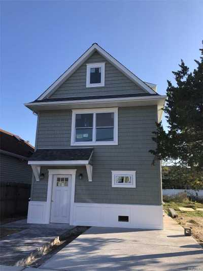 Island Park Single Family Home For Sale: 45 Hastings Rd