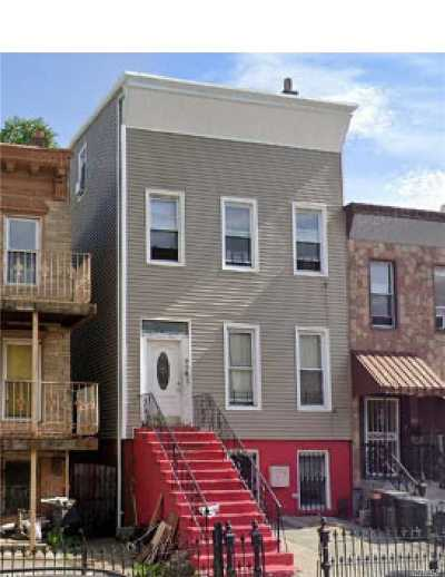 Brooklyn Multi Family Home For Sale: 904 Putnam Ave