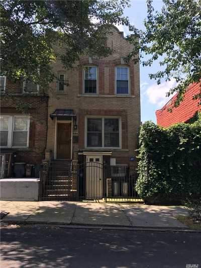 Flushing NY Single Family Home For Sale: $819,000