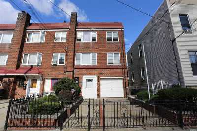 Astoria Multi Family Home For Sale: 25-52 43rd St
