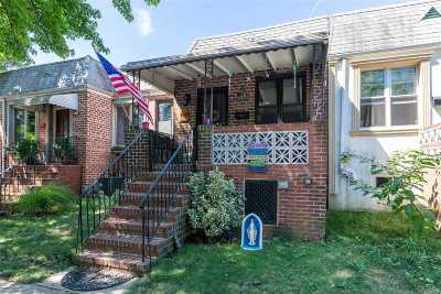 Middle Village Single Family Home For Sale: 64-24 75th St