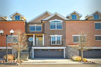 Woodbury Condo/Townhouse For Sale: 18 The Preserve