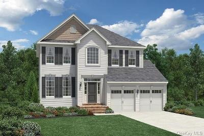 Dutchess County Single Family Home For Sale: 10 Fenton Way