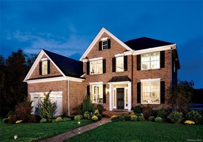 Dutchess County Single Family Home For Sale: 48 East Van Buren Way
