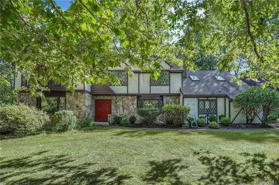 Dutchess County Single Family Home For Sale: 138 Wilmont Court