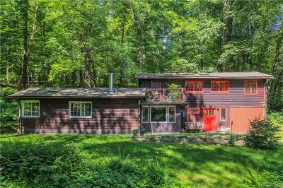 Putnam County Single Family Home For Sale: 7 Colony Lane