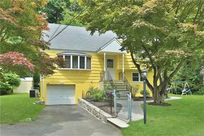 Westchester County Single Family Home For Sale: 20 Clovebrook Road