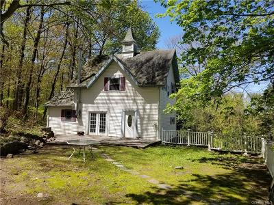 Putnam County Single Family Home For Sale: 22 Pine Cone Road