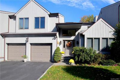 Westchester County Single Family Home For Sale: 15 Golf View Drive