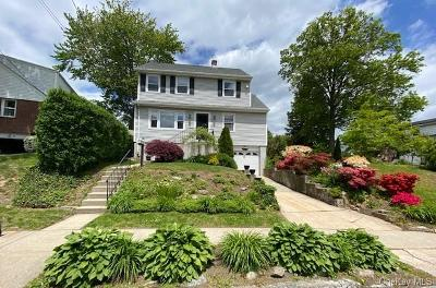 Westchester County Single Family Home For Sale: 49 Cross Hill Avenue