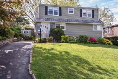 Westchester County Single Family Home For Sale: 8 Covington Road