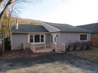 Putnam County Single Family Home For Sale: 482 Sprout Brook Road