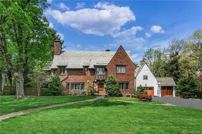 Westchester County Single Family Home For Sale: 4 Bradford Road