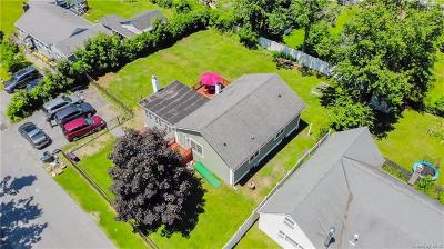 Putnam County Single Family Home For Sale: 22 Clubhouse Drive