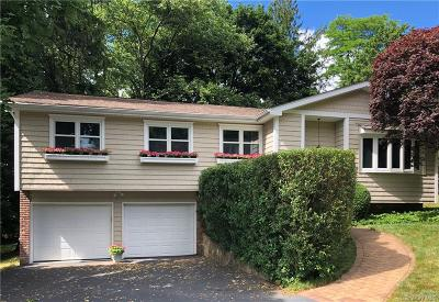 Westchester County Single Family Home For Sale: 9 Tarryhill Road