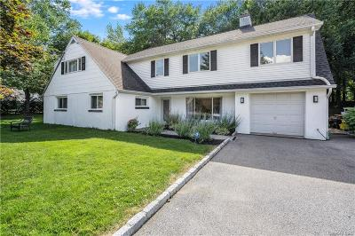 Westchester County Single Family Home For Sale: 9 Knollwood Drive