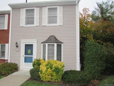 Westchester County Condo/Townhouse For Sale: 608 Mallard Way