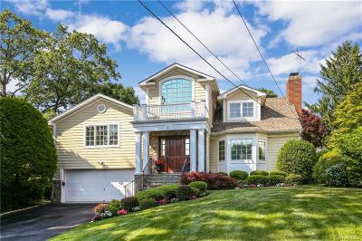Westchester County Single Family Home For Sale: 21 Grand Boulevard