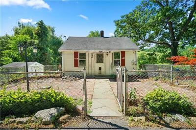 Westchester County Single Family Home For Sale: 23 Dogwood Road