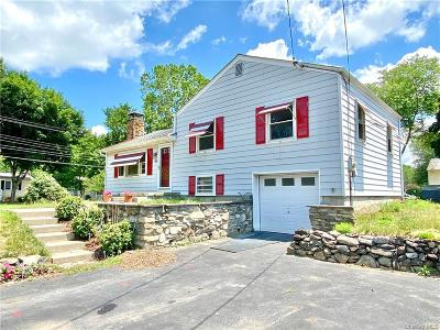Dutchess County Single Family Home For Sale: 2 Jefferson Road