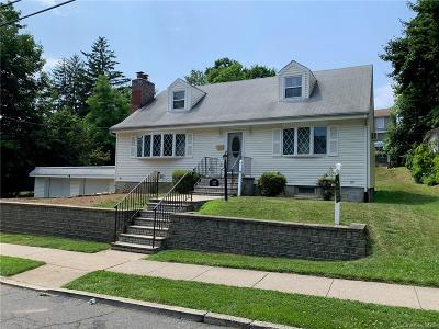 Westchester County Single Family Home For Sale: 17 N Perkins Avenue