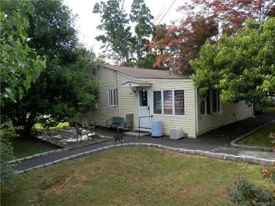 Putnam County Single Family Home For Sale: 32 Stanwich Road