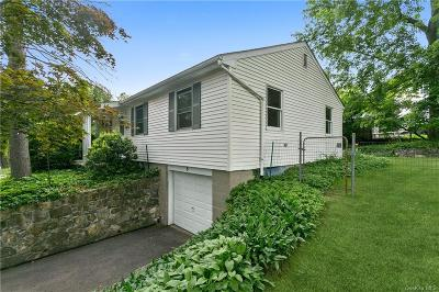 Westchester County Single Family Home For Sale: 8 Lakeside Lane