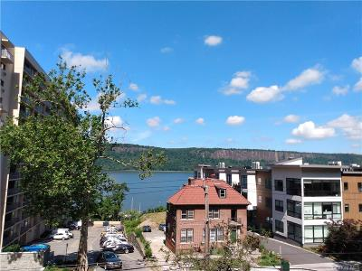 Westchester County Condo/Townhouse For Sale: 1120 Warburton Avenue #1D
