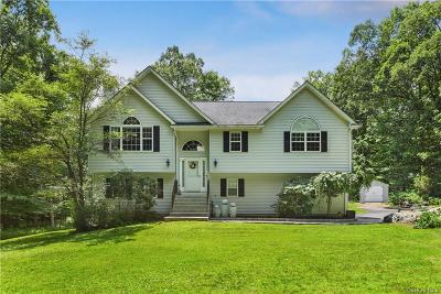 Putnam County Single Family Home For Sale: 9 Lyon Court