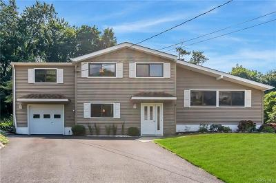 Westchester County Single Family Home For Sale: 5 Summit Place