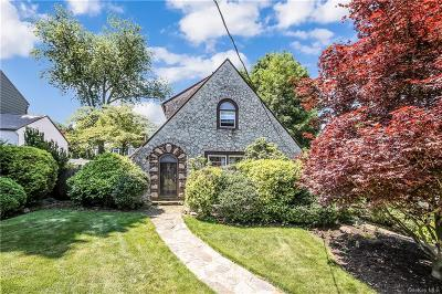 Westchester County Single Family Home For Sale: 8 Tudor Lane