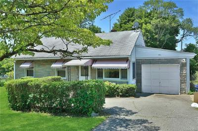 Westchester County Single Family Home For Sale: 1 Leather Stocking Lane
