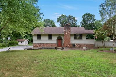 Putnam County Single Family Home For Sale: 49 Hilltop Drive