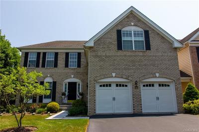 Dutchess County Condo/Townhouse For Sale: 645 Creekside Lane