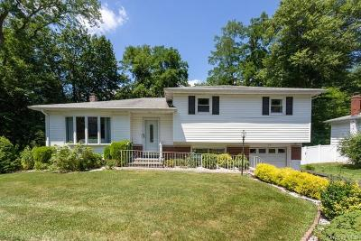 Westchester County Single Family Home For Sale: 30 Rumbrook Road