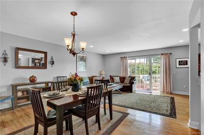 Putnam County Single Family Home For Sale: 418 Cornwall Meadows Lane