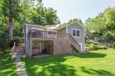 Westchester County Single Family Home For Sale: 11 Brookside Trail