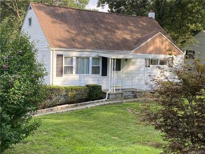 Westchester County Single Family Home For Sale: 781 Oakside Road