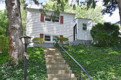Westchester County Single Family Home For Sale: 66 Pembrook Drive