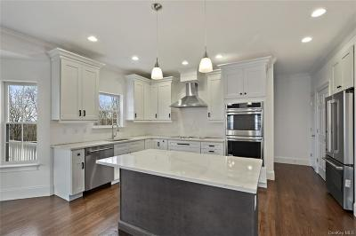 Westchester County Single Family Home For Sale: 42 Columbus Avenue