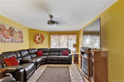 Westchester County Single Family Home For Sale: 105 Weyman Avenue