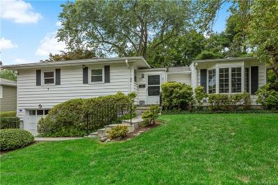 Westchester County Single Family Home For Sale: 6 Cook Lane