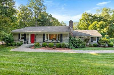Westchester County Single Family Home For Sale: 12 Billingsley Trail