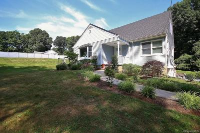 Westchester County Single Family Home For Sale: 36 Stormytown Road
