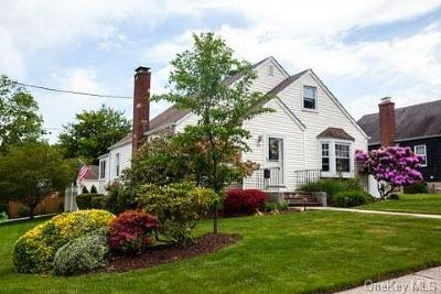 Westchester County Single Family Home For Sale: 43 Adams Avenue
