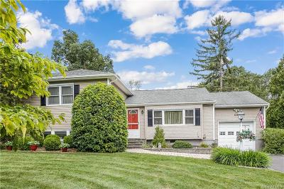 Westchester County Single Family Home For Sale: 838 Wren Place