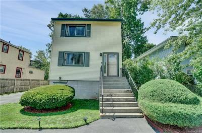 Westchester County Single Family Home For Sale: 118 Manhattan Avenue