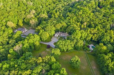 Westchester County Single Family Home For Sale: 157 Beaver Dam Road