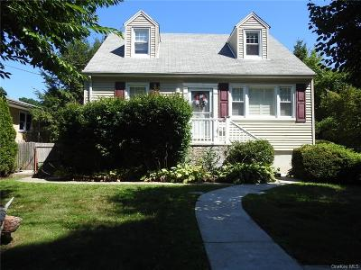 Westchester County Single Family Home For Sale: 39 Midwood Avenue
