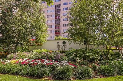 Westchester County Condo/Townhouse For Sale: 10 Stewart Place #4JE